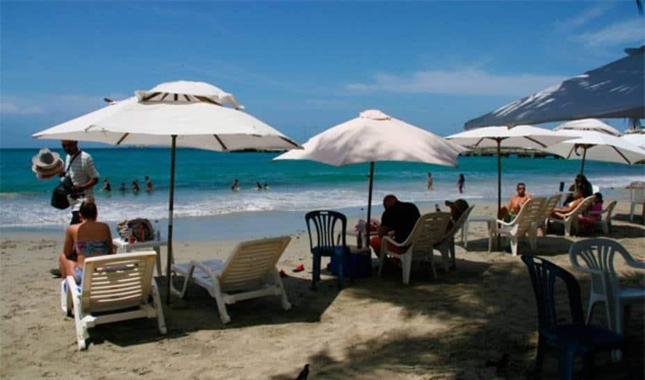 Turismo espera pronta flexibilización tras estar «prácticamente en cero»