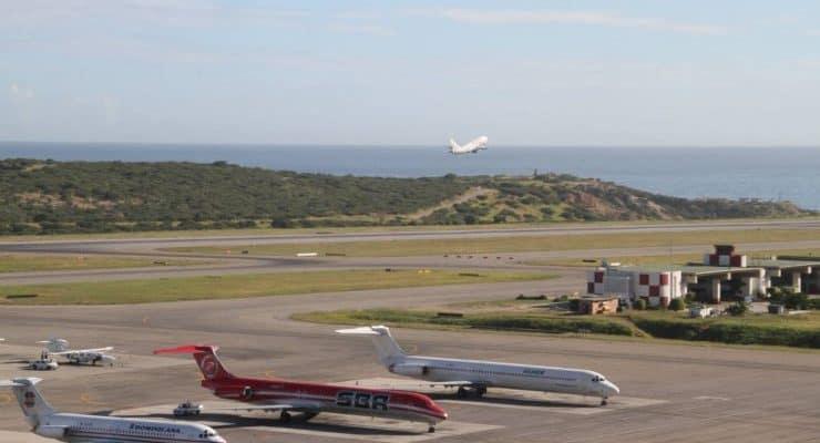 INAC extiende restricción de operaciones aéreas hasta el 12 de agosto por COVID-19