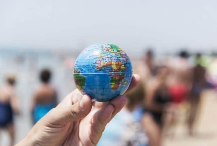 Certificados COVID-19 para viajes internacionales deben ser gratuitos, de acceso universal y no discriminatorios